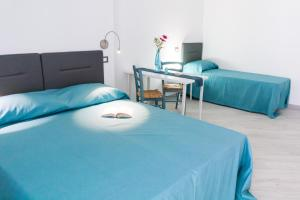 Stanze del Mare, Bed & Breakfasts  Balestrate - big - 4