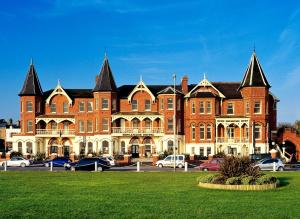 Photo of Esplanade Hotel On The Seafront