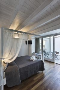 Bed And Breakfast T57, Bed & Breakfasts  Bitonto - big - 1