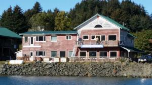 Photo of Tide Pool Cafe And Lodge