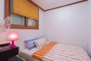 Munjeong Guest House room photos