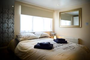 Worthing Beach Apartment in Worthing, West Sussex, England