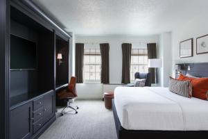 Executive King Room