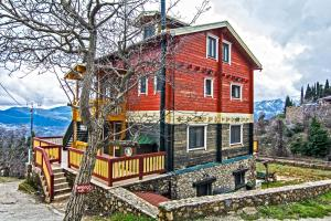 Photo of Colours' Chalet
