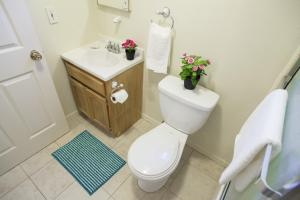 Quad Room with Private Bathroom