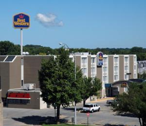 Photo of Best Western Cooper's Mill Hotel