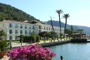 Photo of Ece Saray Marina Resort