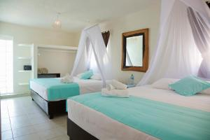 Royal Double Room with Two Double Beds - Sea View