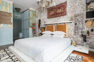 Two-Bedroom Apartment - Church Loft II