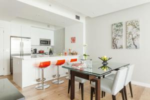 Two-Bedroom Apartment - Powell Place