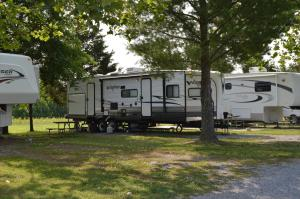 54ft Back In FHU 50 Amp - BRING OWN RV