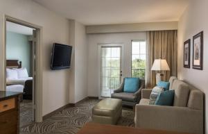 Two-Room Double Suite - Non-Smoking