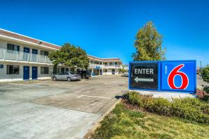 Photo of Motel 6 Redding North