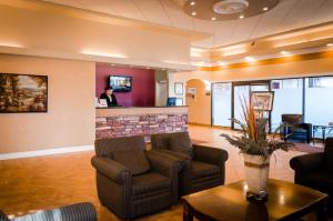 Chateau Regina Hotel and Suites, Hotels  Regina - big - 29