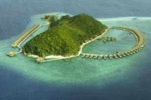 Photo of Huma Island Resort And Spa