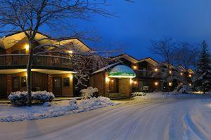 Photo of Cortina Inn & Resort