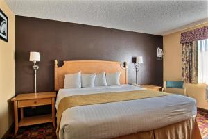 Quality Inn Hall of Fame, Hotely  Canton - big - 13