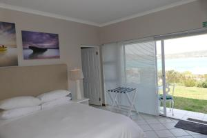 Budget Double Room With Lagoon View