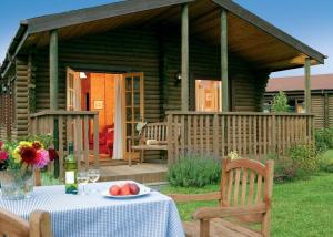 Wickham Green Farm Lodges in Devizes, Wiltshire, England