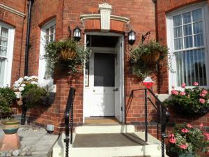 Glenora Guest House in Whitby, North Yorkshire, England