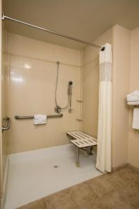 Hampton Inn & Suites Sacramento-Elk Grove Laguna I-5, Hotels  Elk Grove - big - 12
