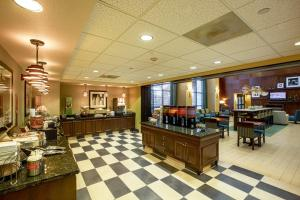 Hampton Inn & Suites Sacramento-Elk Grove Laguna I-5, Hotels  Elk Grove - big - 41