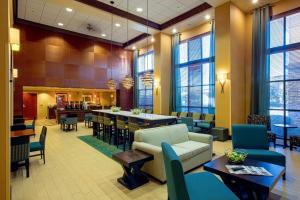 Hampton Inn & Suites Sacramento-Elk Grove Laguna I-5, Hotels  Elk Grove - big - 22