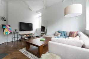 One-Bedroom Apartment -  Harinck Place