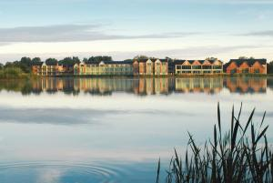 Photo of Cotswold Water Park Four Pillars Hotel