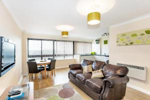 South Row Serviced Apartments - Shortstay MK in Milton Keynes, Buckinghamshire, England