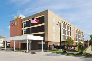 Photo of Home2 Suites St. Louis / Forest Park
