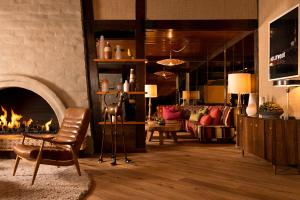 The Garland - 29 of 43