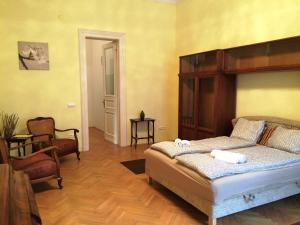 Antique Apartment - Semmelweis Utca 17