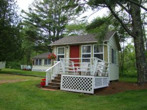 Photo of Bay Leaf Cottages & Bistro
