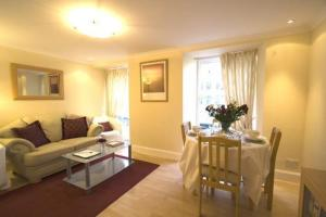 Apartments Royal in Edinburgh, Midlothian, Scotland