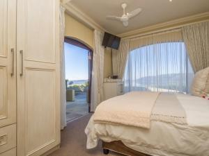Deluxe Double or Twin Room with Sea View