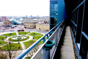 Queens Court Penthouse & Terrace in Kingston upon Hull, East Riding of Yorkshire, England