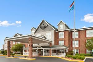 Photo of Country Inn & Suites Kenosha