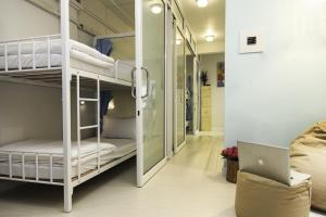 Bunk Bed in 4-Bed Female Dormitory Room