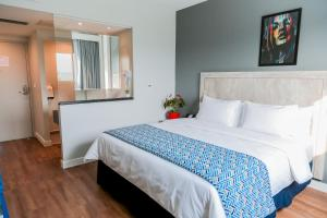 Deluxe Double Room with 1 Double Bed