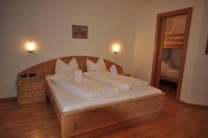 Hotel Alpin, Hotel  Colle Isarco - big - 12
