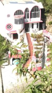 Photo of Hotel Amarjees And Restaurant
