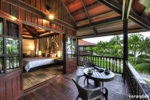 Deluxe Double or Twin Room with Beach Front