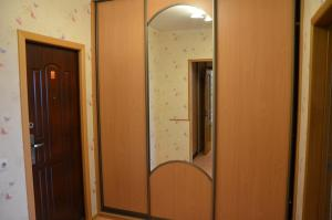 Apartment Na Esenina, Appartamenti  Minsk - big - 3