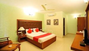 Photo of Zo Rooms Jayamahal Palace, Cunningham Road