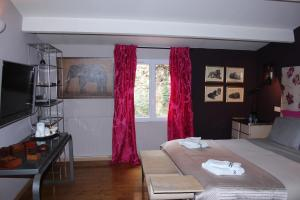 Chambres d'Hôtes d'Endoume, Bed and breakfasts  Marseille - big - 22