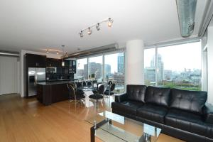 Photo of Furnished Suites In The Heart Of River North