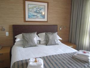 Standard Double Room with Sea View 214