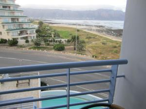 One Bedroom Apartment with Sea View 211