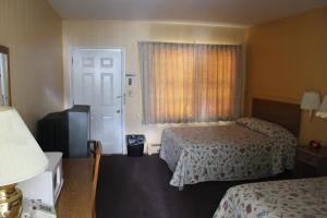 Deluxe Double Room (4 Adults)